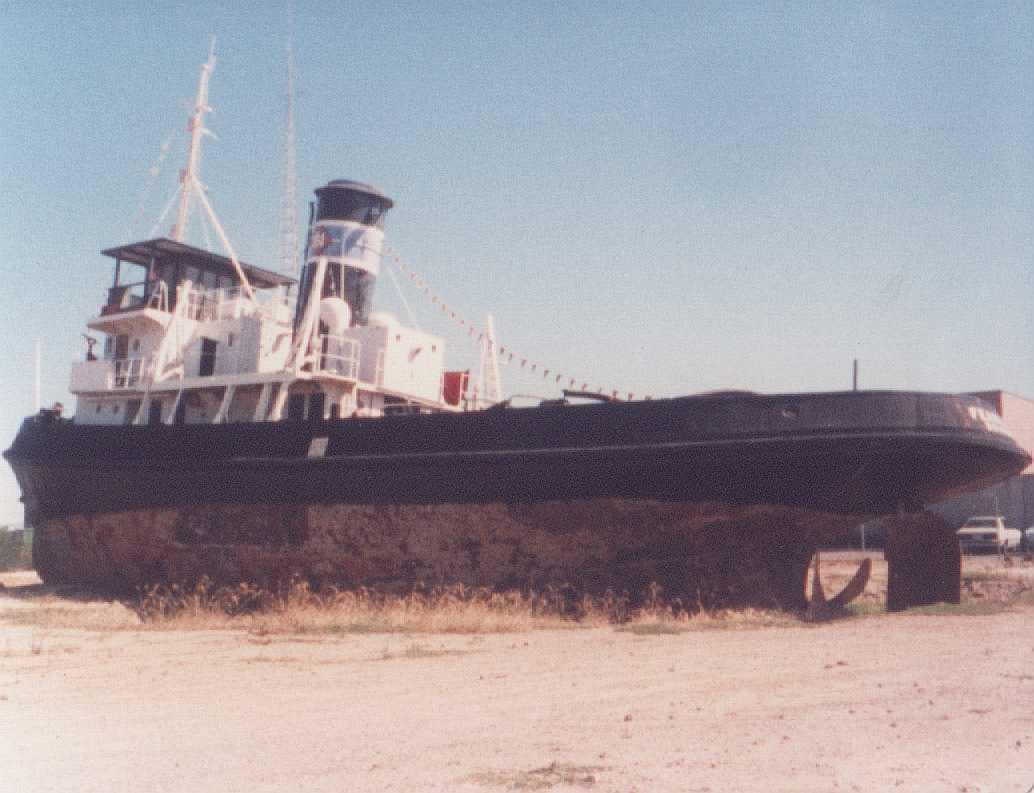 Vessel is now located on the bank of the Port River near the birkenhead Bridge, Port Adelaide - this image taken there.