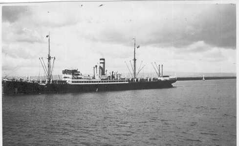 """General cargo vessel """"Cassel"""", built in 1922 by Blohm & Voss - Hamburg. Owned by Hamburg-Amerik Packetf. Ges. Managed by Hamburg Amerika Line. Tonnage:  6047 gross, 3672 net Dimensions:  length 450'0"""", breadth 58'2"""", draught 27'0"""" Port Of Registry:  Ha"""