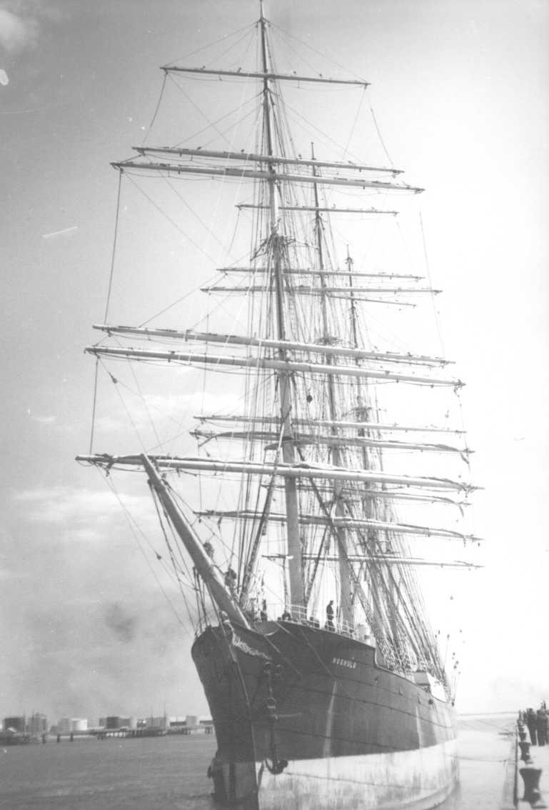 Steel 4 masted Barque, built in 1904. Berthing at Port Adelaide.