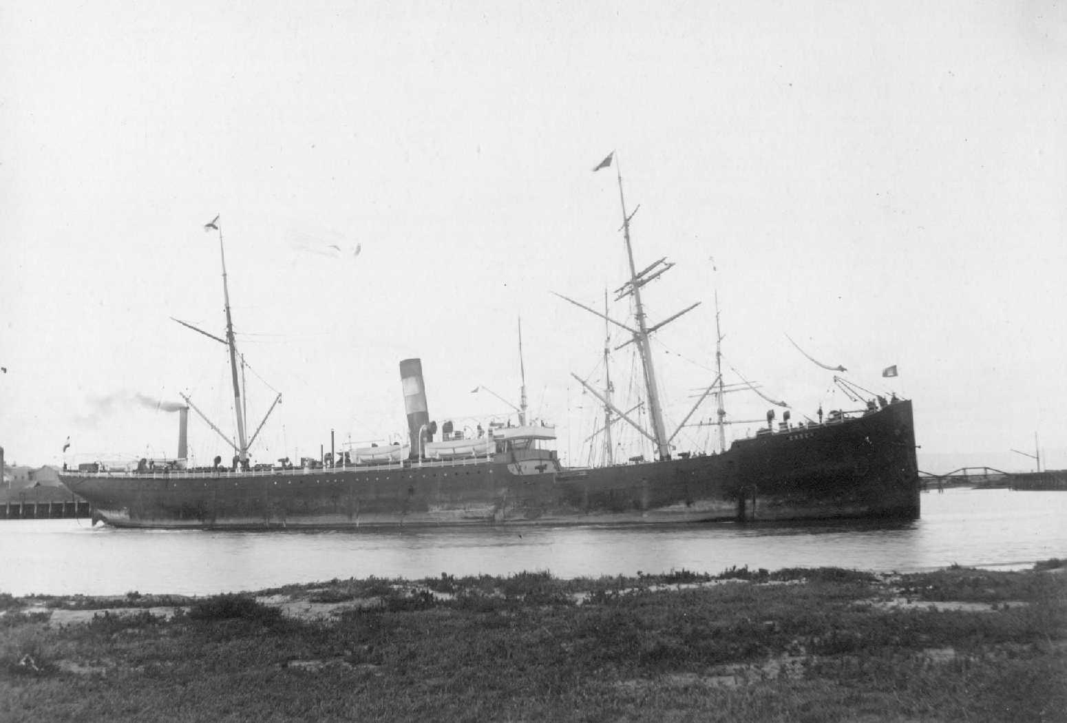"Freighter ""Essen"", built in 1889 at Flensburg by Schiffs Gesel.  Tonnage:  2985 gross Dimensions:  length 319', breadth 39', draught 24' Port Of Registry:  Hamburg Flag:  German"