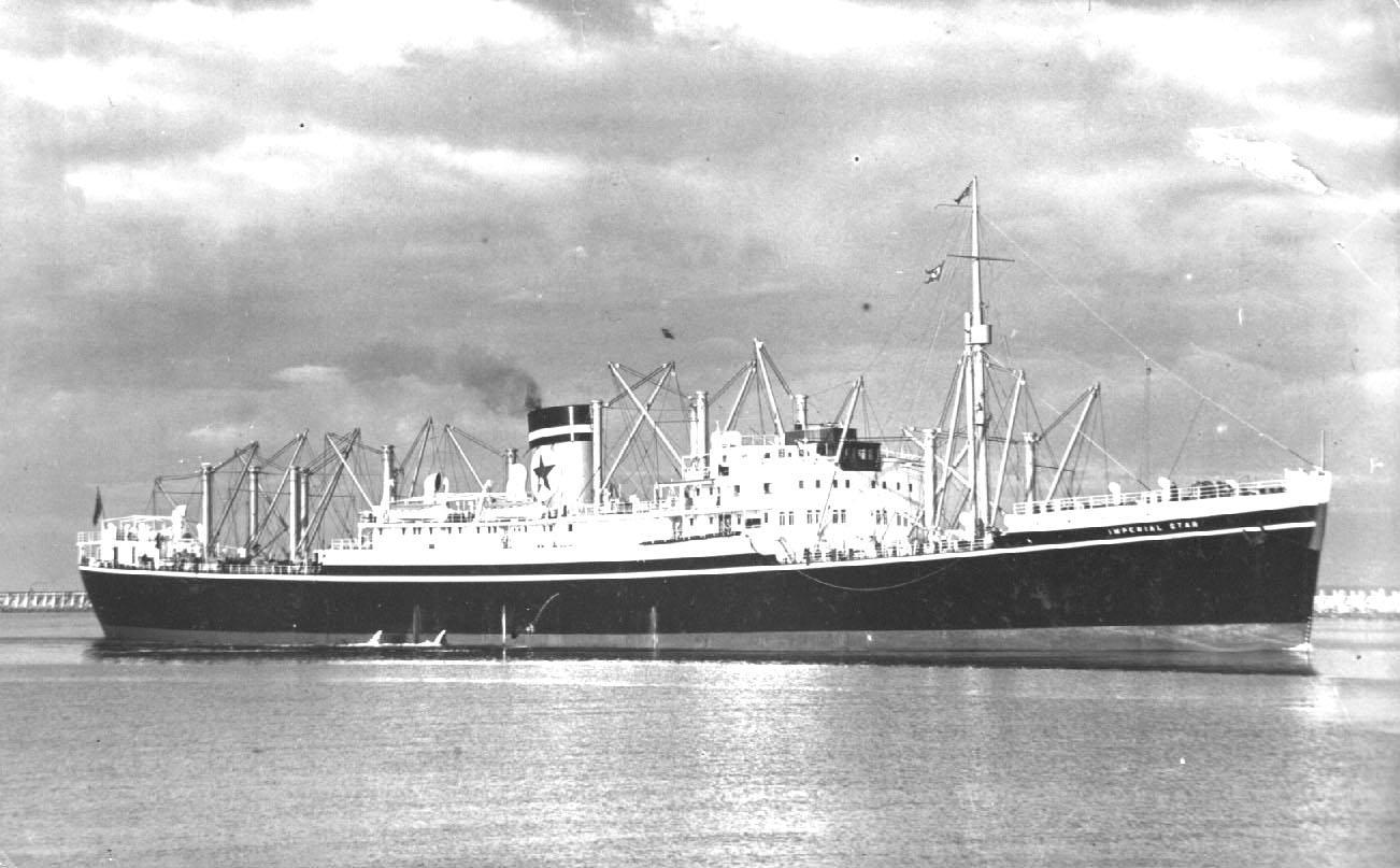 1935 refrigerated cargo vessel under way.