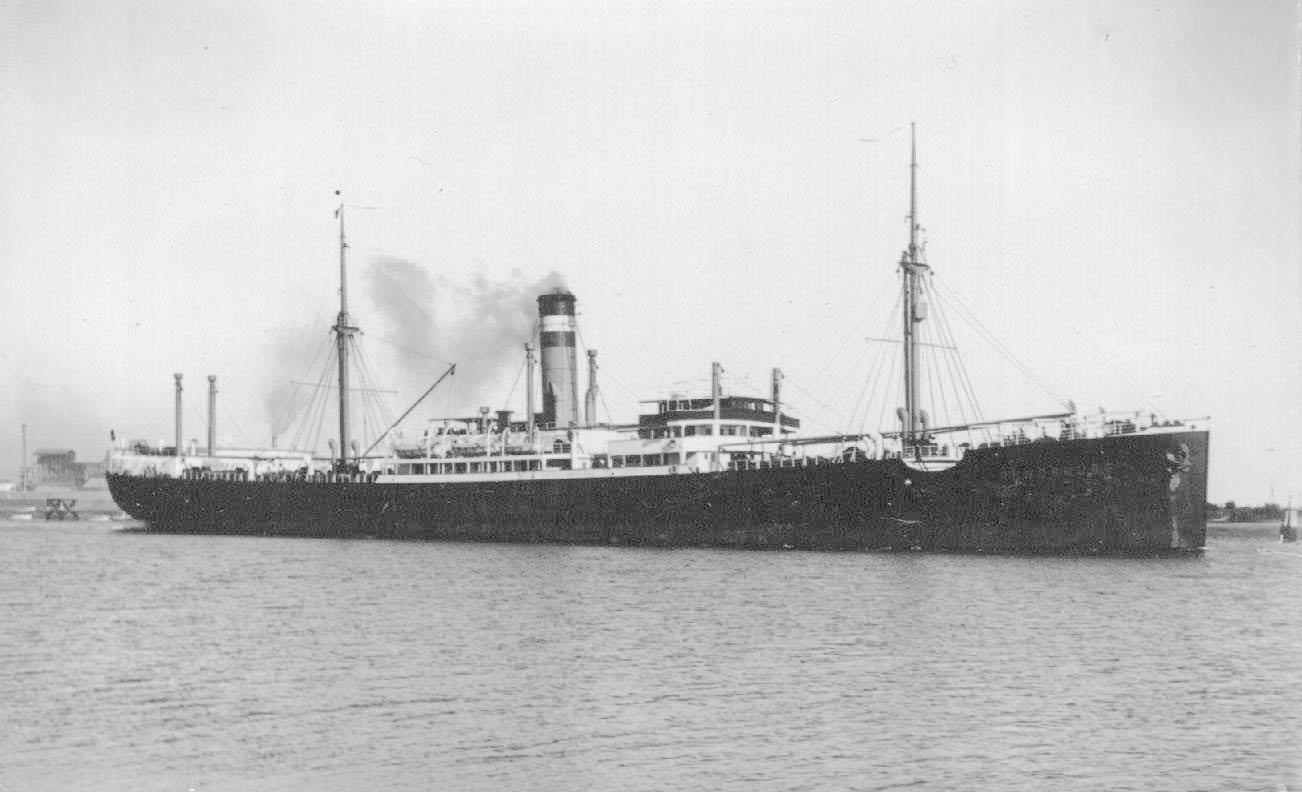 1926 general cargo vessel at anchor
