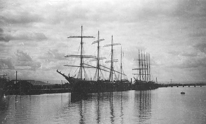 Barques at Corporation Wharf, 1928.