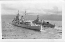 Tribal Class destroyer completed on 23 - 11 - 1942.  Built at Cockatoo docks, Sydney.  In March and April 1943 Warramunga performed convoy escort duties between Queensland and New Guinea.  The next month she joined task force 74 stationed in the Coral sea