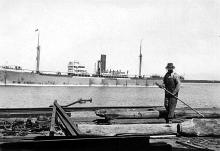 1914 general cargo vessel, berthed, 29/1/1930.