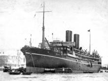 1925 passenger vessel berthing